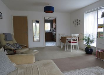 Thumbnail 2 bed flat for sale in Egrove Close, Oxford