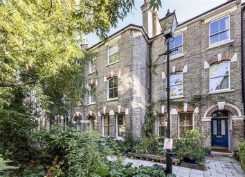 Thumbnail 1 bed flat for sale in Bonnington Square, London