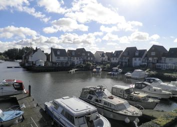 Thumbnail 3 bed maisonette for sale in West Quay, Abingdon