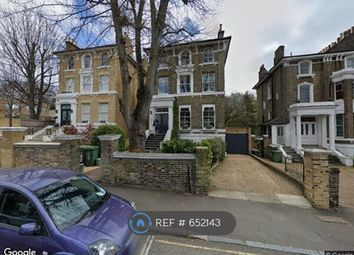 2 bed flat to rent in Granville Park, London SE13