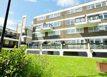 Thumbnail 3 bed flat to rent in Chart Street, London
