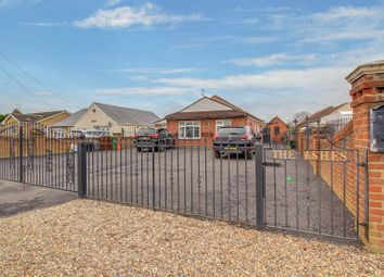 3 bed detached bungalow for sale in Newlands Road, Wickford SS12