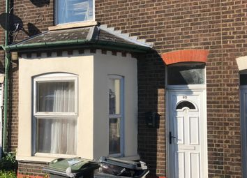 Thumbnail 5 bedroom terraced house to rent in Crawley Road, Luton