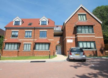 Foxley Lane, Purley CR8. 2 bed flat