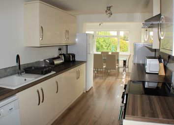 Thumbnail Room to rent in St. Annes Close, Bicester