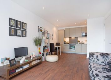 Thumbnail 1 bed flat to rent in Fortune Green Road, London