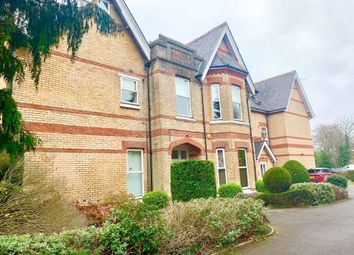 2 bed flat to rent in Lansdowne Road, Bournemouth BH1