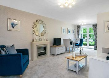 Thumbnail 2 bed flat for sale in Westhall Road, Warlingham