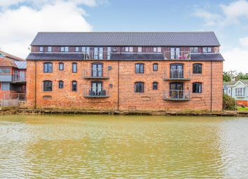 Mill Road, Buckden, St Neots PE19. 2 bed flat for sale