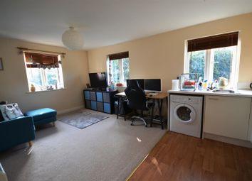 Thumbnail 1 bedroom flat for sale in Oake Woods, Gillingham