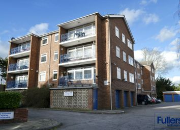 Thumbnail Flat to rent in Station Road, Winchmore Hill