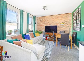 Wolverton Road, Bournemouth BH7. 3 bed flat for sale