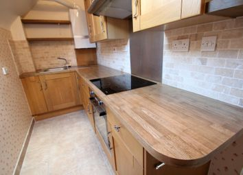 Thumbnail 2 bed flat to rent in Oakwood Avenue, Beckenham