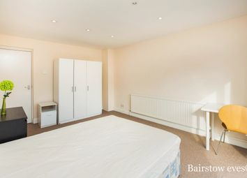 Thumbnail 5 bed property to rent in Devenay Road, London