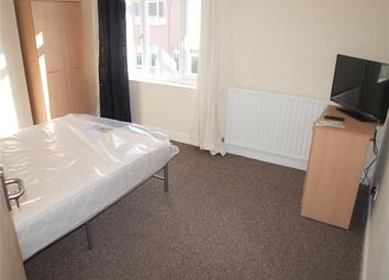 Thumbnail 1 bed terraced house to rent in Room 3, William Street, Swindon