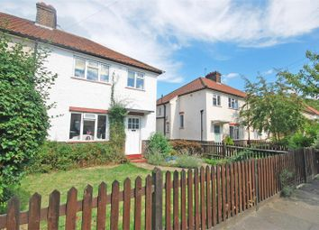 Thumbnail 1 bed flat to rent in Fielding Avenue, Twickenham