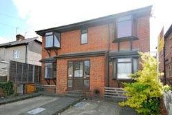 Thumbnail Studio to rent in Brockhurst Road, Chesham