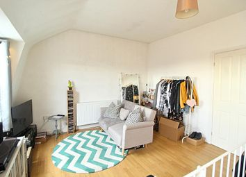 1 bed flat to rent in Hoe Street, London E17