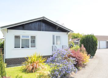 Thumbnail 2 bedroom mobile/park home for sale in Summerlands Court, Liverton, Newton Abbot