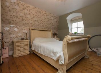 Thumbnail 2 bed flat for sale in Crescentwood Road, Sydenham Hill, London