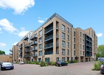 Thumbnail 1 bed flat to rent in Coleby House, 2 Woodley Cresent, Barnet