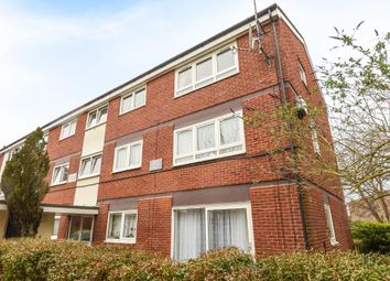 Thumbnail 2 bed flat for sale in Westerham Walk, Reading