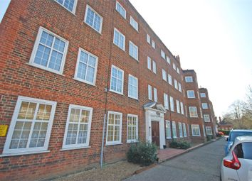 Thumbnail 2 bedroom flat to rent in Richmond Road, Twickenham