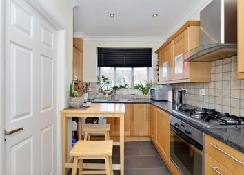 Thumbnail Studio to rent in St Anns Road, Holland Park