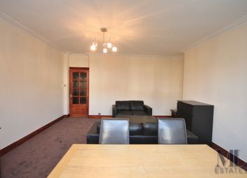 Thumbnail 3 bedroom flat to rent in Wendover Court, Finchley Road, Childs Hill