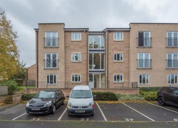 Thumbnail 2 bedroom flat for sale in Crag View, Bradford