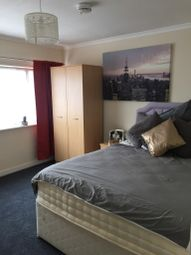 Thumbnail Room to rent in Downdean, Milton Keynes