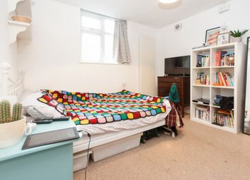 2 bed maisonette for sale in Forest Hill Road, East Dulwich SE22