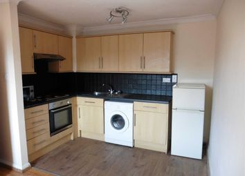 Thumbnail 2 bedroom flat for sale in London Road, Grays