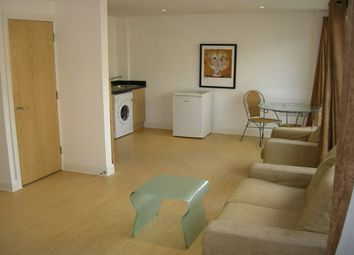 Thumbnail Studio to rent in Queens Apartments, Bristol