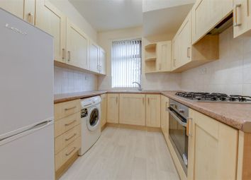 Thumbnail 2 bed town house for sale in Booth Crescent, Waterfoot, Rossendale