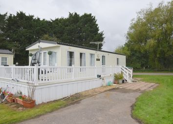 Thumbnail 2 bed mobile/park home for sale in Goodwood, Lakeside Holiday Park, Vinnetrow Rd, Chichester