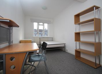 Thumbnail Room to rent in Tolworth Broadway, Surbiton