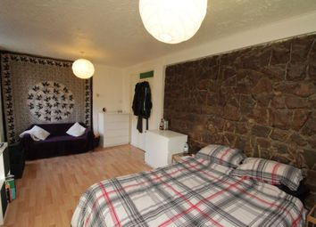 Thumbnail Room to rent in 2 Lister House, Lomas Street, Aldgate