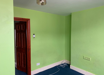 Thumbnail 1 bed flat to rent in Groesbrook Road, Ilford