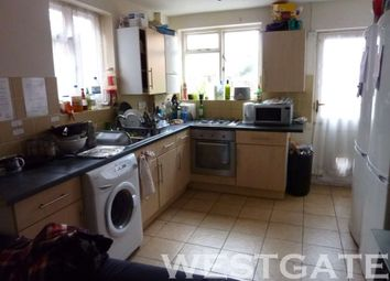 Thumbnail 6 bed terraced house to rent in Culver Road, Earley, Reading