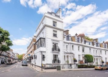 3 bed maisonette for sale in Walton Street, Knightsbridge, London SW3