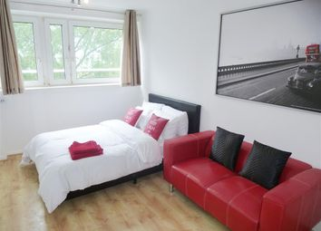 Thumbnail 1 bed flat to rent in Queensdale Crescent, London