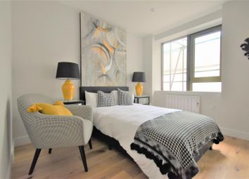1 bed flat to rent in High Street, Feltham TW13