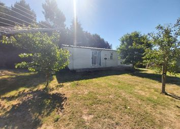 Thumbnail 2 bed mobile/park home to rent in Millgate, Whaplode, Spalding