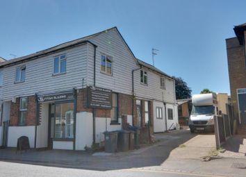 Thumbnail 3 bed flat to rent in Station Road, Sawbridgeworth, Herts