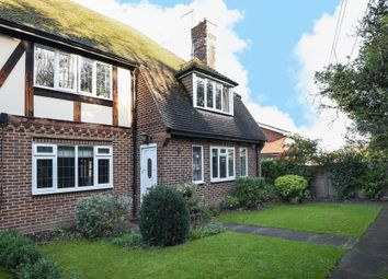 Thumbnail 2 bed maisonette for sale in Brooke Close, Bushey