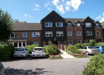 Thumbnail 1 bed flat for sale in 31 Cygnet Court, Caldecott Road, Abingdon