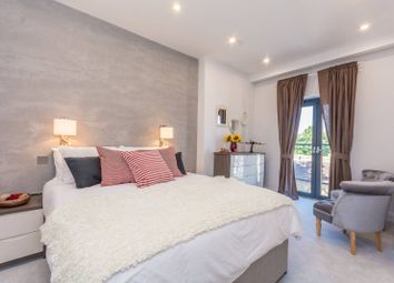 Thumbnail 2 bed flat for sale in Stoke Newington Road, Stoke Newington