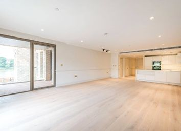 Crisp Road, Hammersmith W6. 2 bed flat for sale