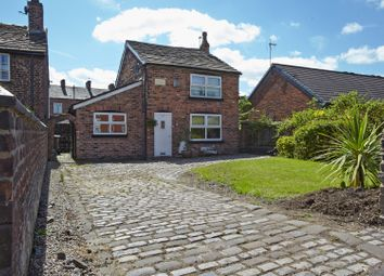 Thumbnail 2 bedroom cottage for sale in Ashton Road West, Manchester